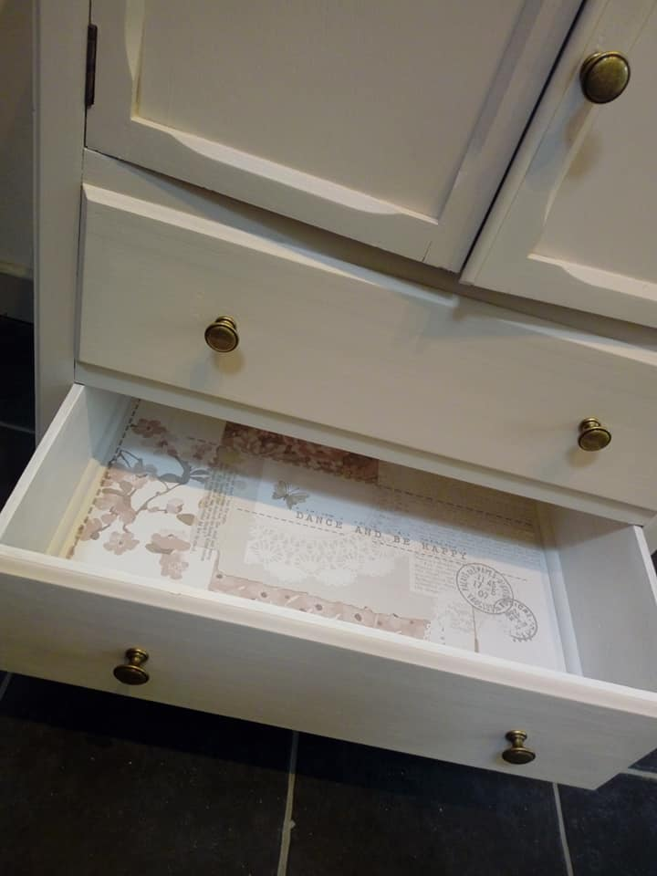 Arthouse wallpaper drawers
